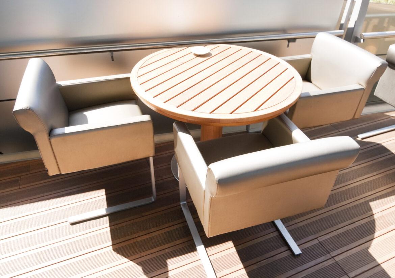 protección muebles del sol